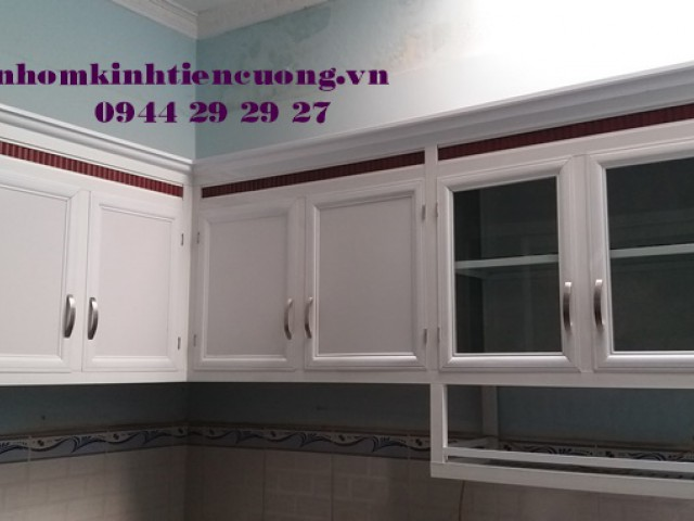 Mẫu tủ bếp nhôm kính treo tường sơn tĩnh điện đẹp CỰC TỐT TpHCM