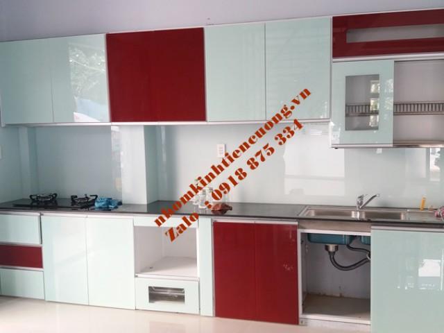 Tủ bếp nhôm kính cho chung cư TpHCM mẫu thiết kế MỚI đẹp TUYỆT VỜI