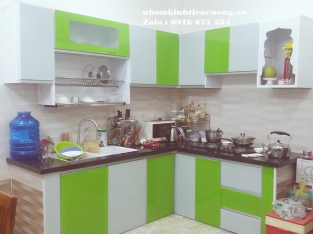 Tủ bếp nhôm kính TpHCM những mẫu sơn tĩnh điện thiết kế CỰC ĐẸP
