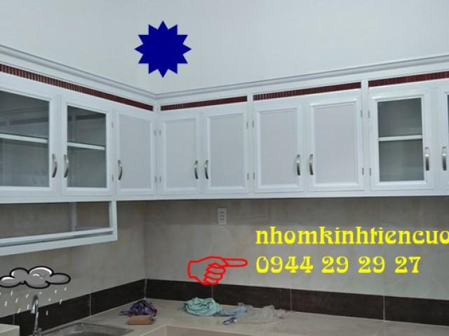 Tủ Kệ Bếp Nhôm Kính Treo Tường