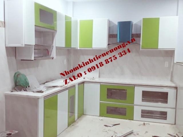 Tủ bếp nhôm kính cao cấp TpHCM kiểu dáng thiết kế ĐẸP tuyệt vời